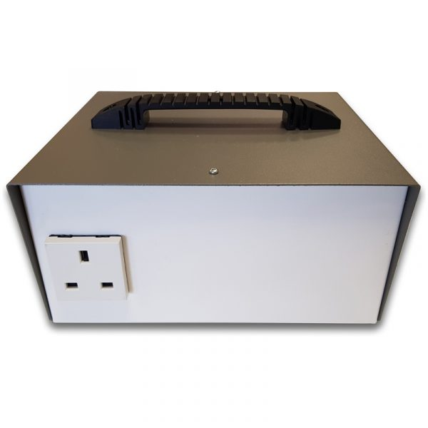 1272: Portable Autotransformer (required for 110-120 V operation)